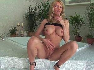 Sexy German Milf Solo - German Milf Cum porn videos at Xecce.com