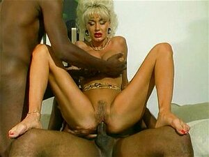 Dolly buster pussy