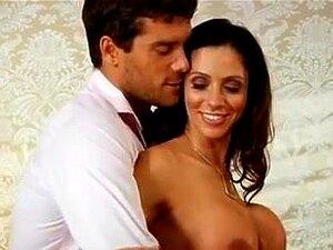 Ariella Fererra porn videos at Xecce.com